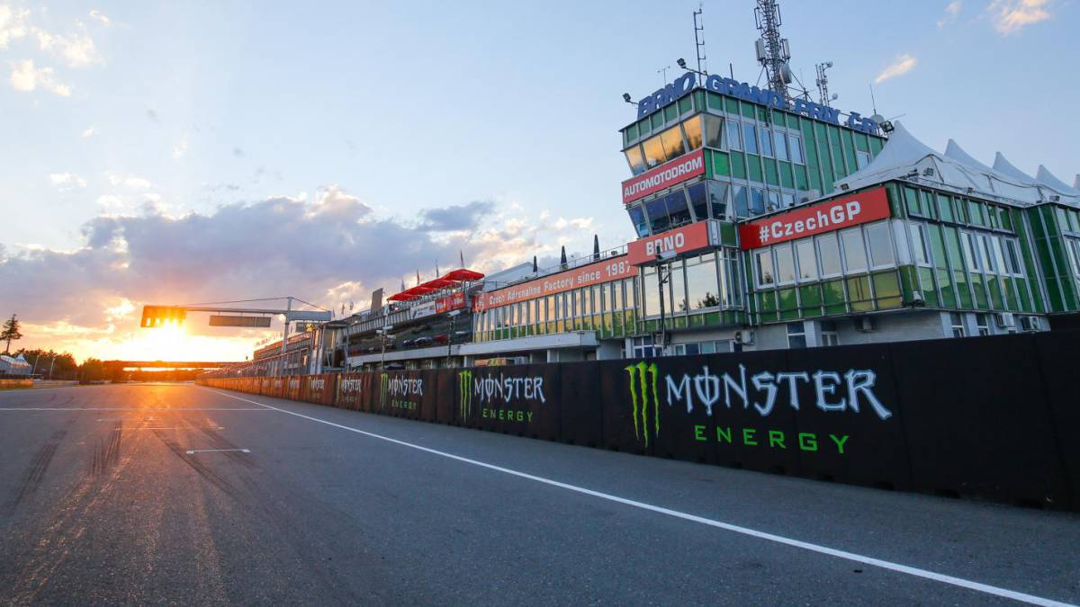 The-MotoGP-paddock-already-has-its-first-positive-for-COVID-19