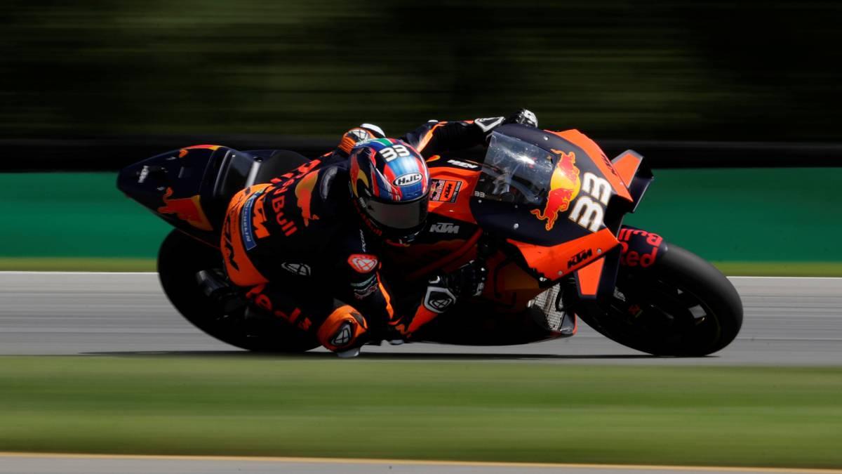 MotoGP-race-summary-in-Brno:-Binder-exhibition