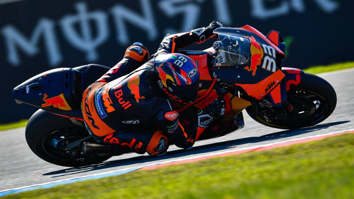 Binder-wins-in-three-races-and-catches-up-with-Lorenzo