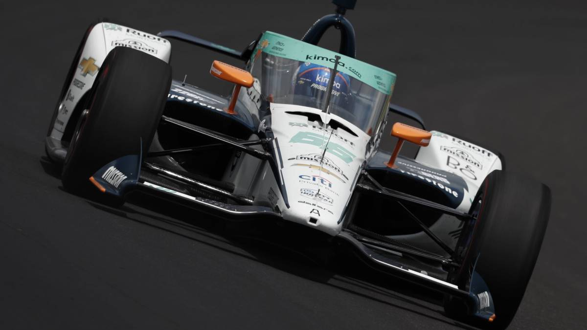 Alonso-starts-5th-and-first-Chevrolet-in-Indianapolis
