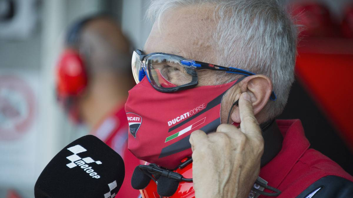 Ducati-now-does-not-deny-a-possible-return-of-Lorenzo