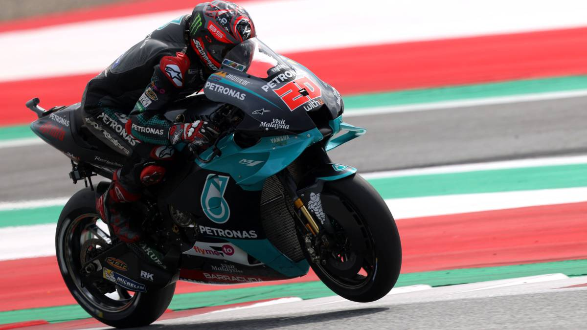 Motorcycles-start-at-DAZN-with-the-Austrian-Grand-Prix