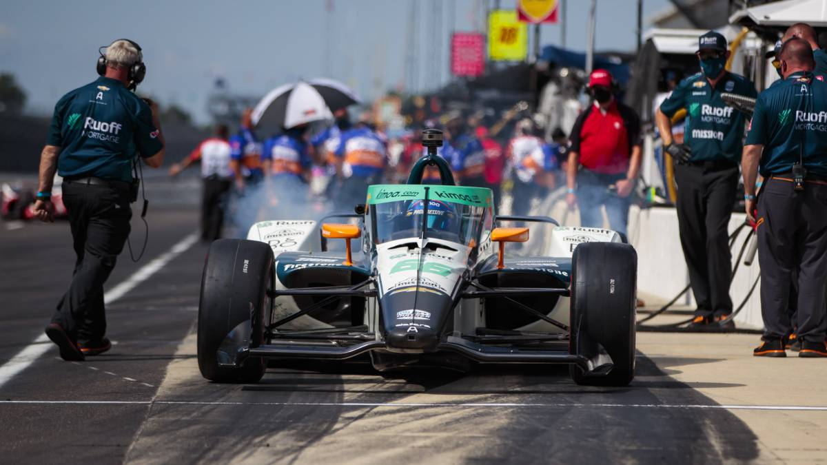 Alonso-462-kilometers-to-prepare-for-the-race
