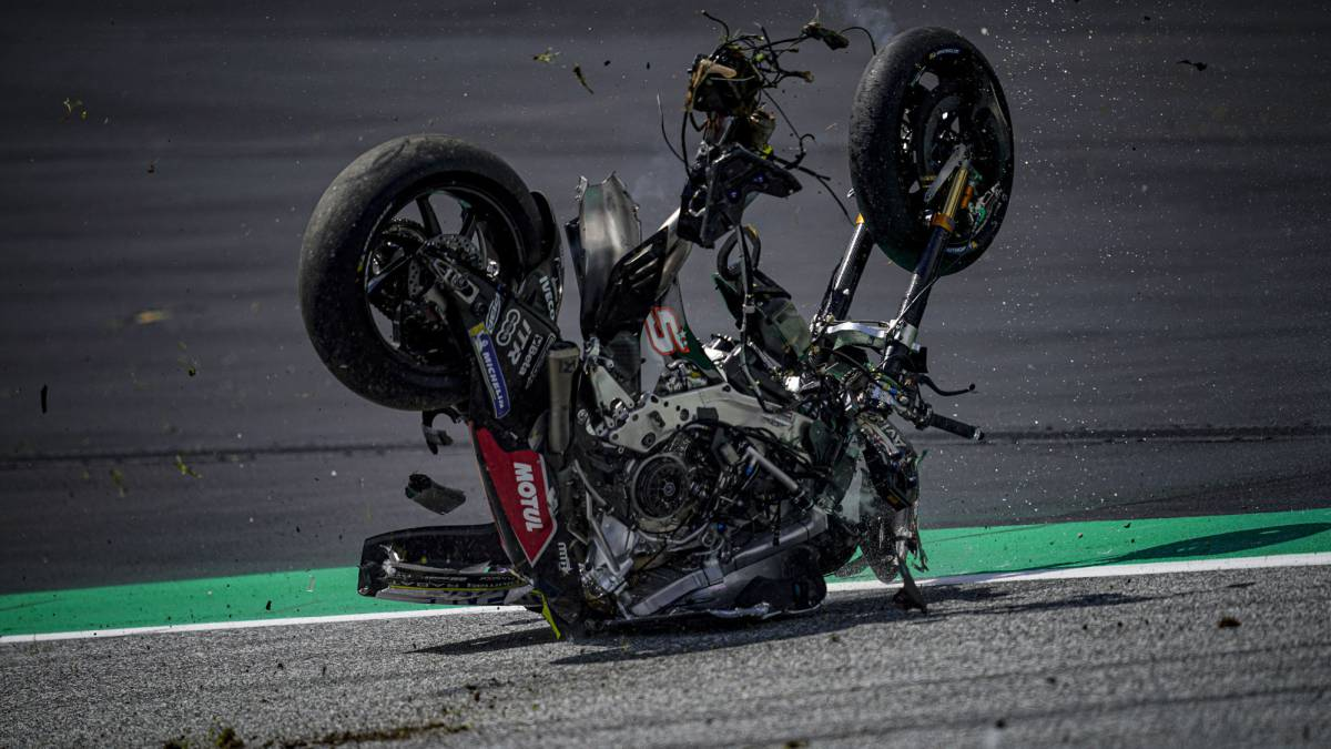 "Zarco:-""We-were-lucky-that-the-bikes-didn't-touch-anyone"""