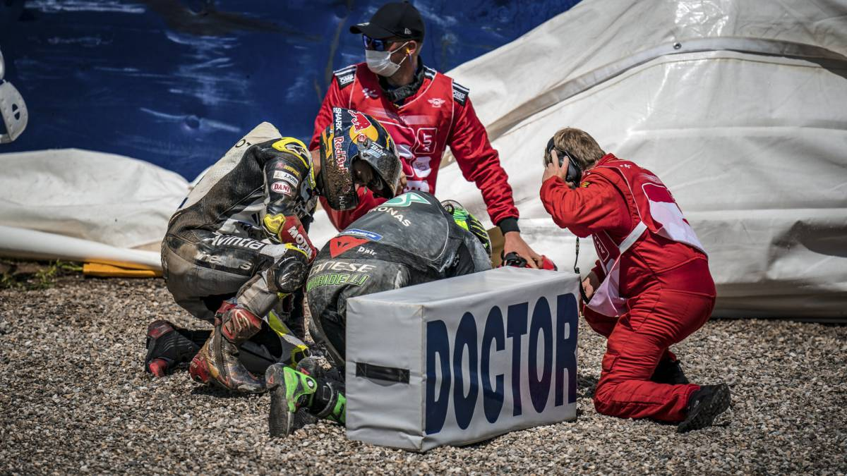 Zarco-will-have-to-undergo-surgery-after-his-accident