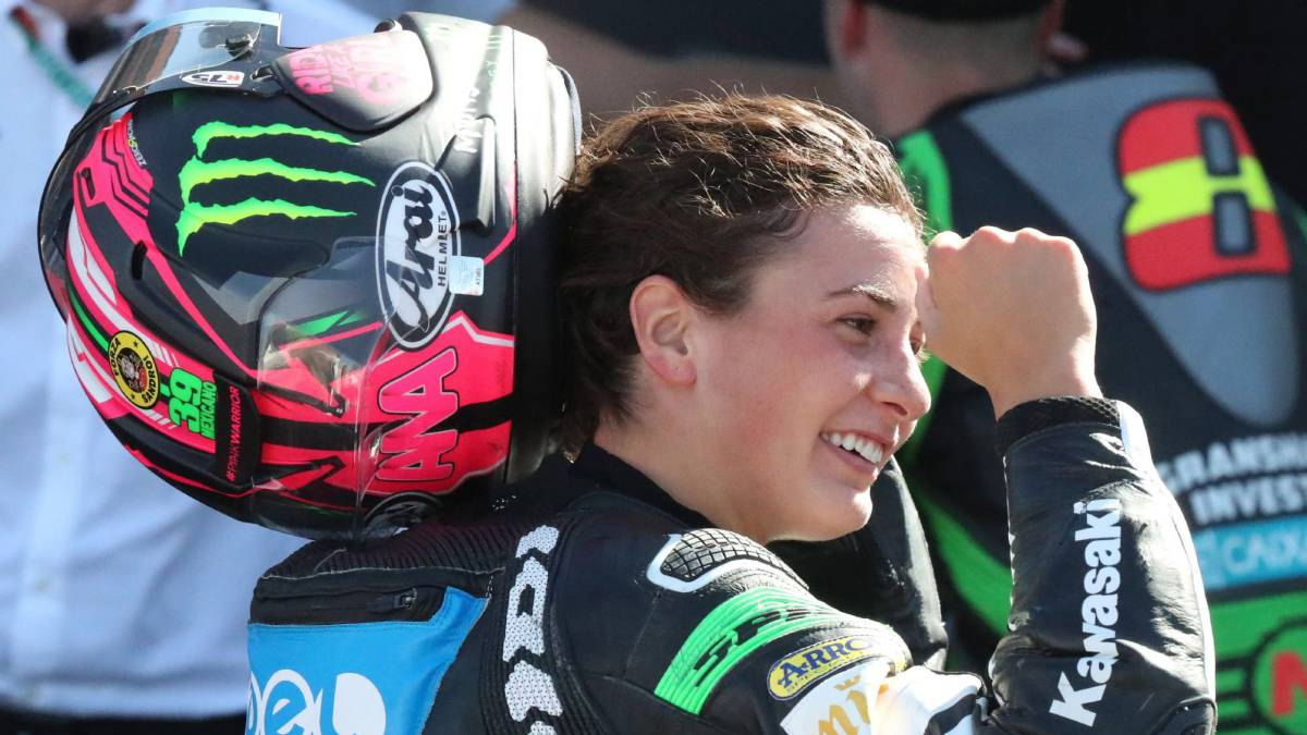Ana-Carrasco-second-in-Motorland-and-leader-of-the-World-Championship