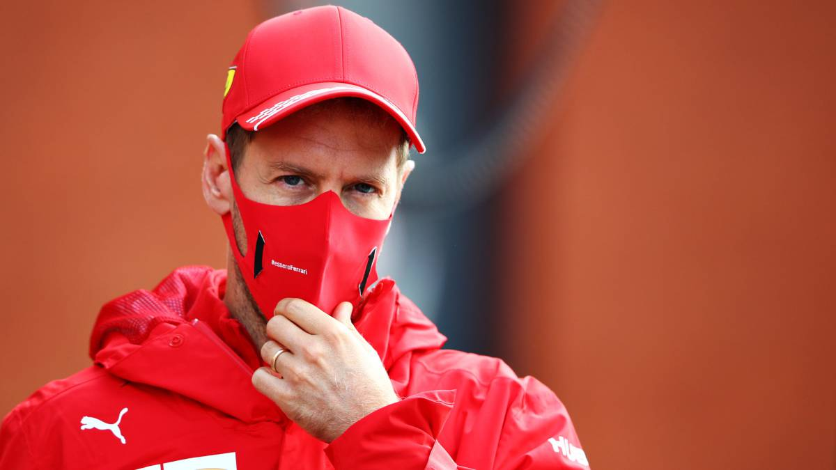 Vettel-rules-out-other-categories-with-the-unknown-Aston-Martin