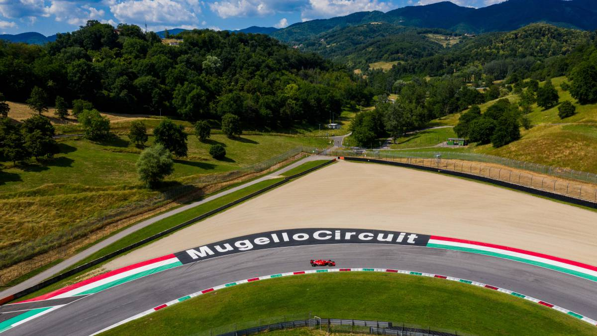 F1-runs-blind-at-Mugello