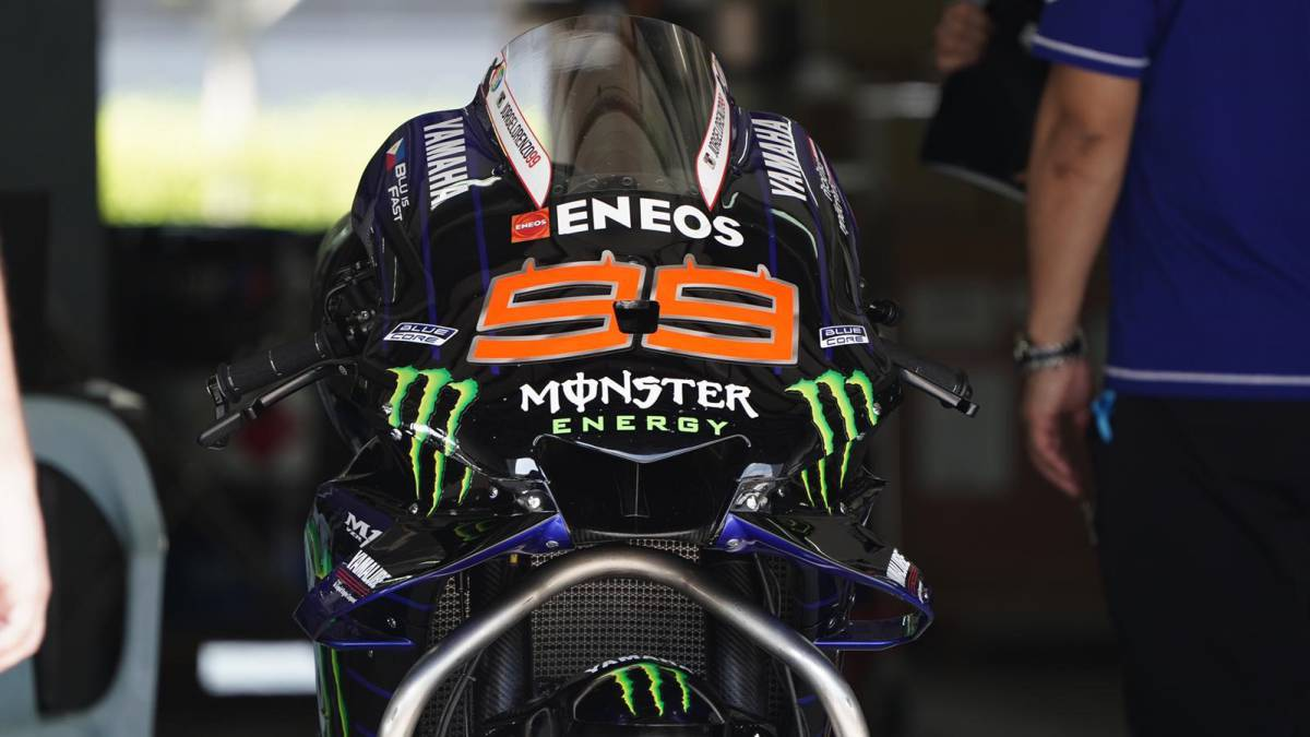 Yamaha-responds-to-Fabio-and-Rossi-criticism:-Lorenzo-returns