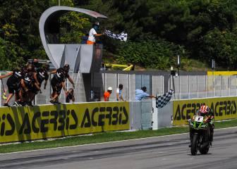 Rea gana la primera carrera en Montmeló y es más líder