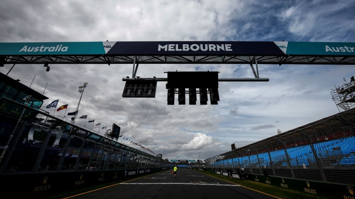 Official:-F1-suffers-its-first-setback