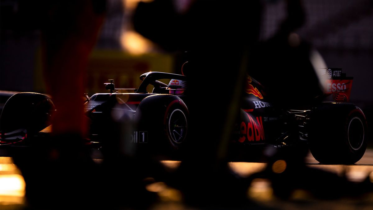 Hard-setback-of-Mercedes-Ferrari-and-Renault-to-the-Red-Bull-cracking