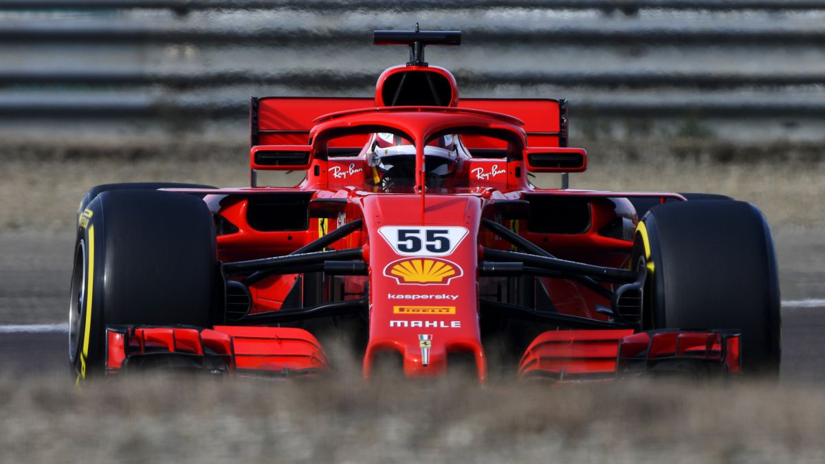 Carlos-Sainz-deciphers-the-Ferrari