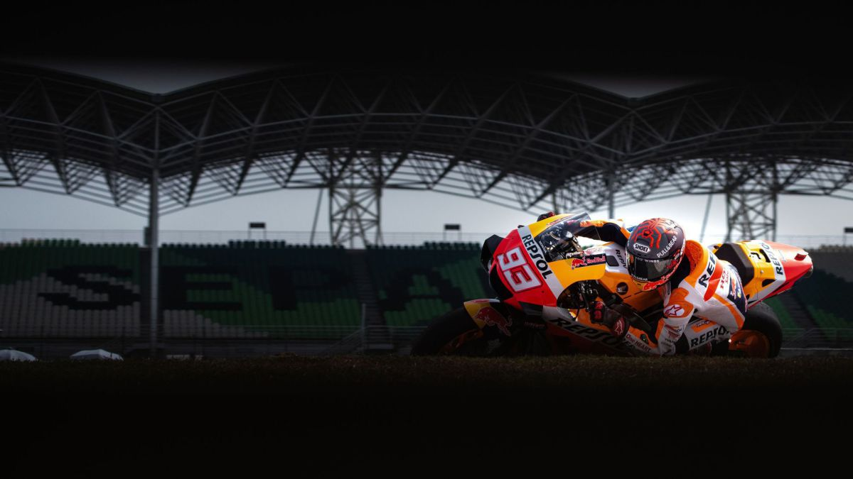 Honda-will-present-Marc-Márquez-and-Pol's-RC213V-on-22-F