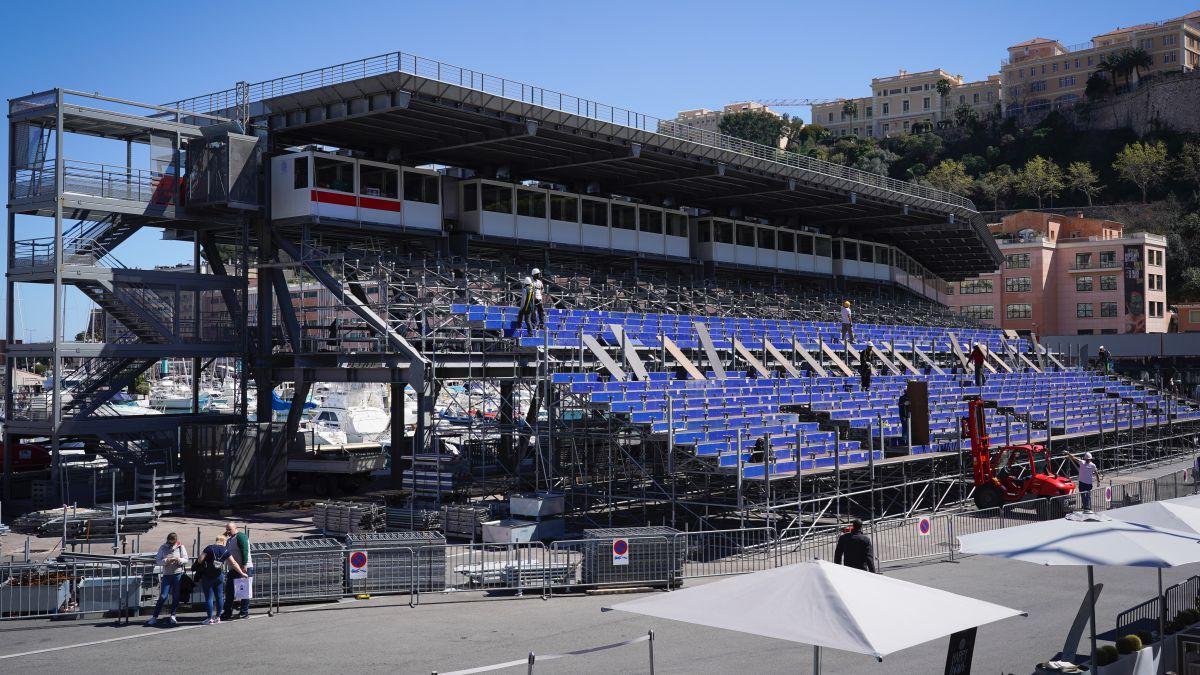 Monaco-plays-it