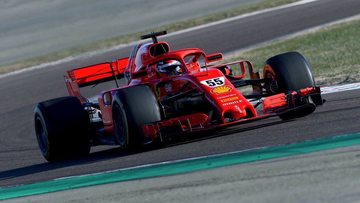 More-kilometers-for-Sainz-with-the-2019-Ferrari