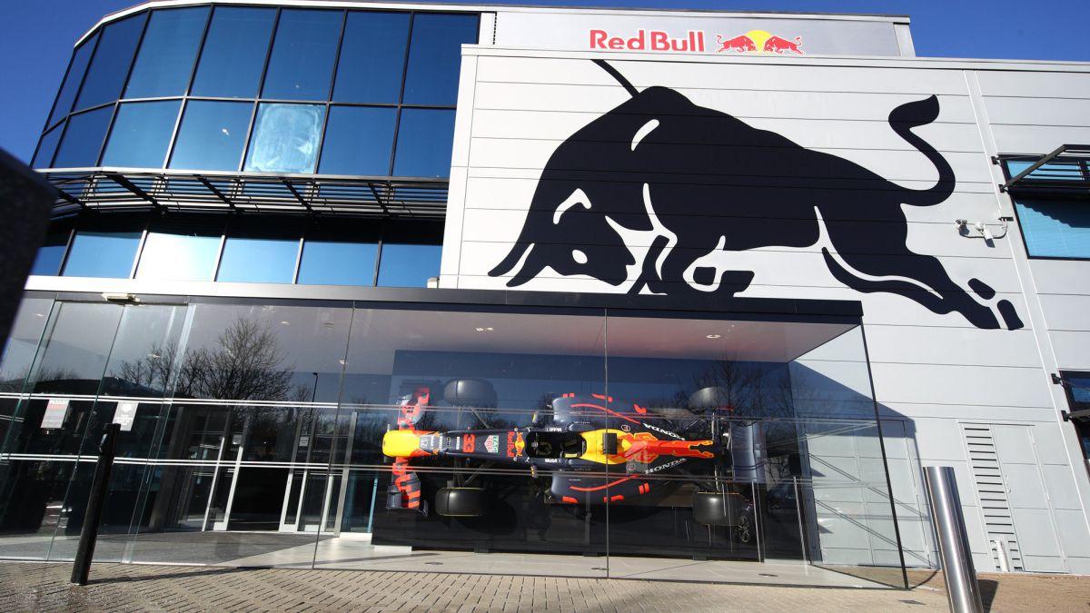 Red-Bull-commits-F1