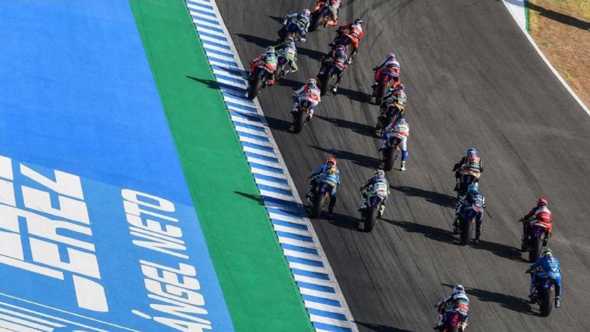 MotoE-gets-ready-in-Jerez