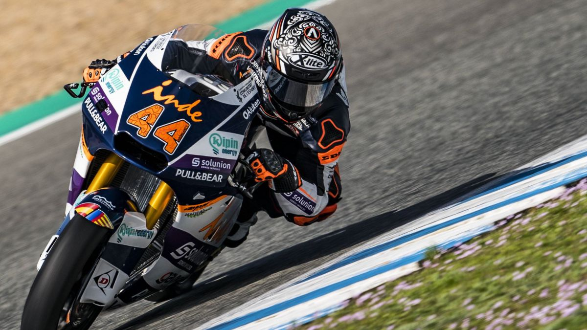 Canet-and-Foggia-stand-out-in-the-Moto2-and-Moto3-test-in-Jerez