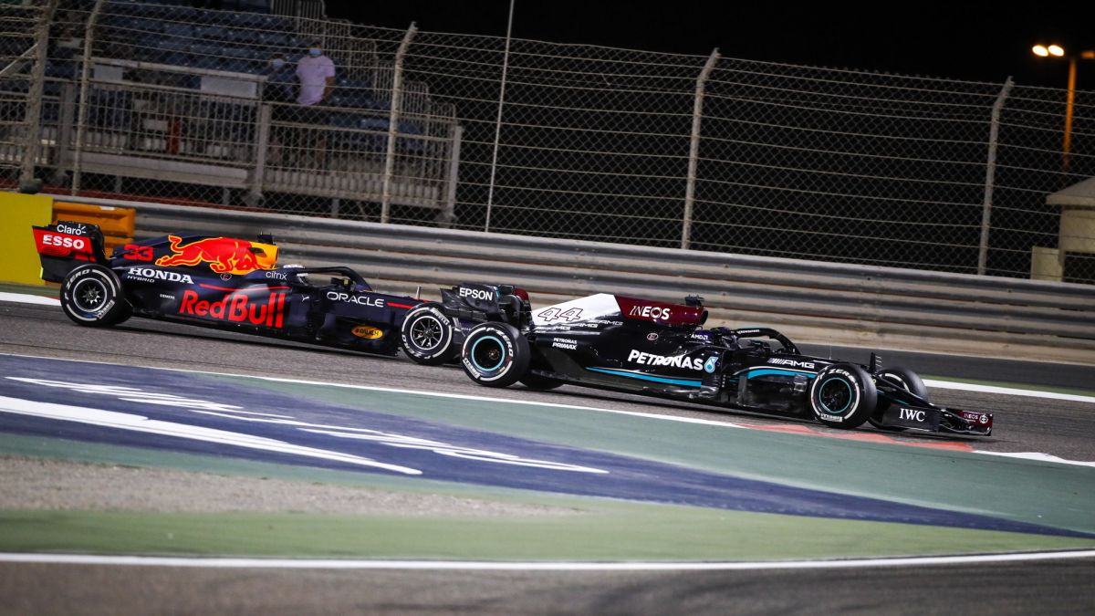 Mercedes-feels-the-threat