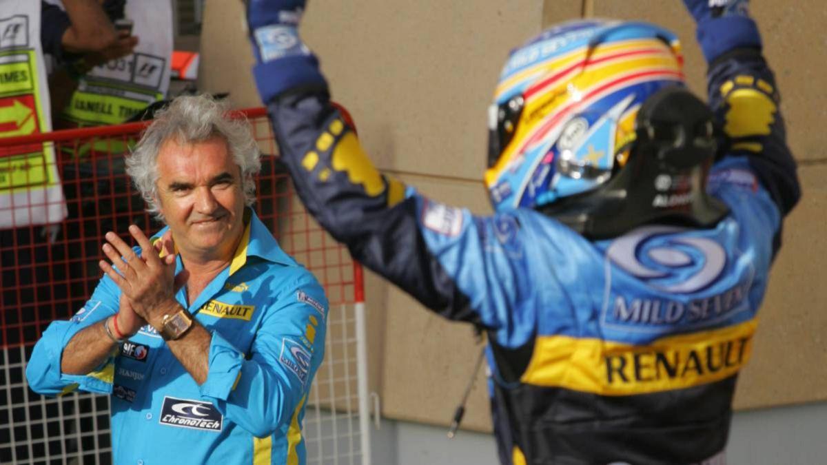Briatore-advises-Alpine-to-focus-100%-on-F1-2022