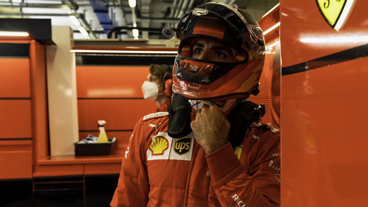 Hamilton-spoiled-Sainz's-day