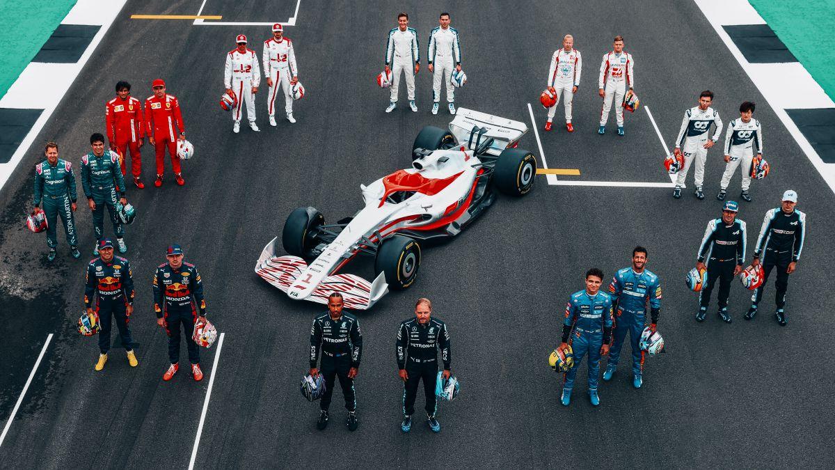 Futuristic-and-spectacular:-F1-unveils-2022-prototype