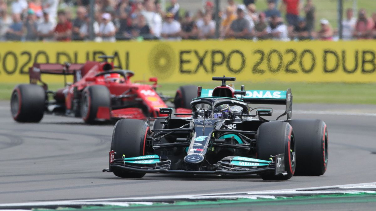 Hamilton-launches-the-sprint