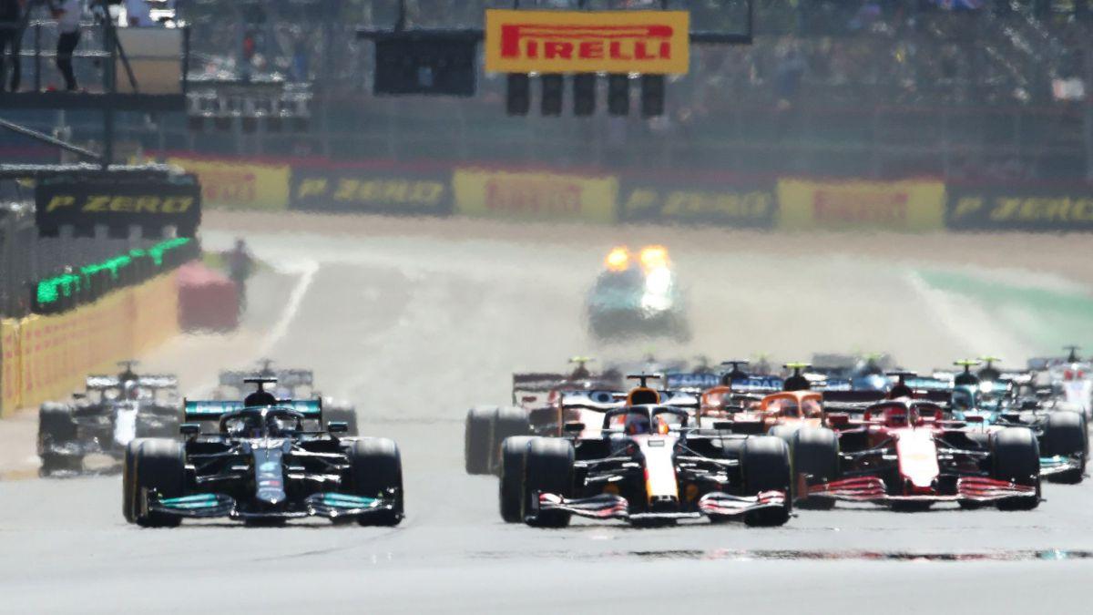 Leclerc-has-Hamiton-on-top