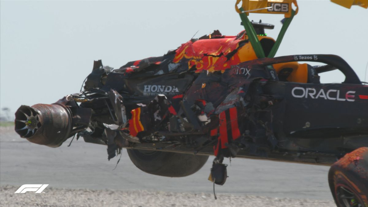 Red-Bull-puts-a-price-on-Verstappen's-crash