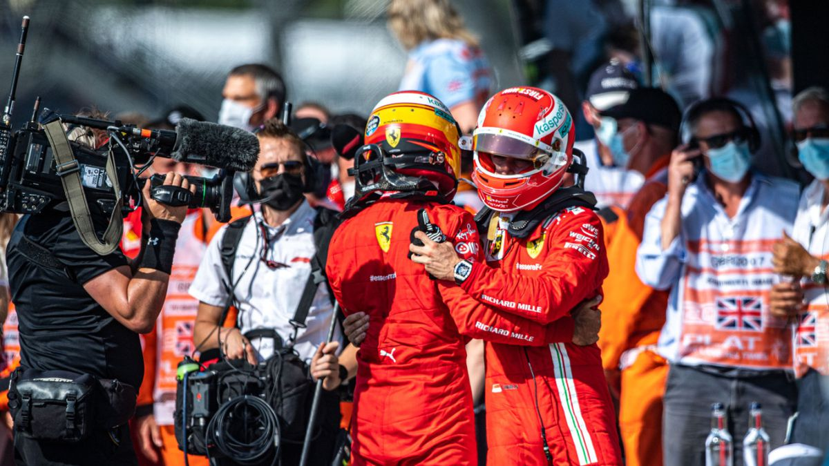 """Leclerc-applauds-Sainz:-""""He's-very-competitive-and-that's-great"""""""