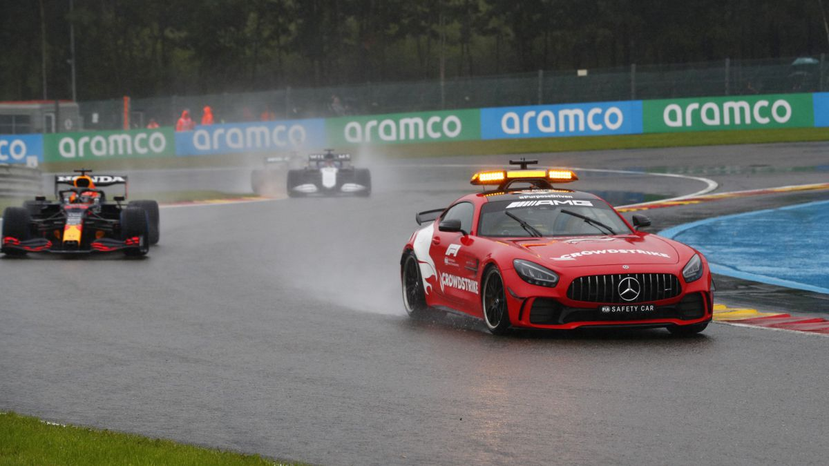 The-FIA-will-review-the-rules-to-avoid-situations-such-as-Spa