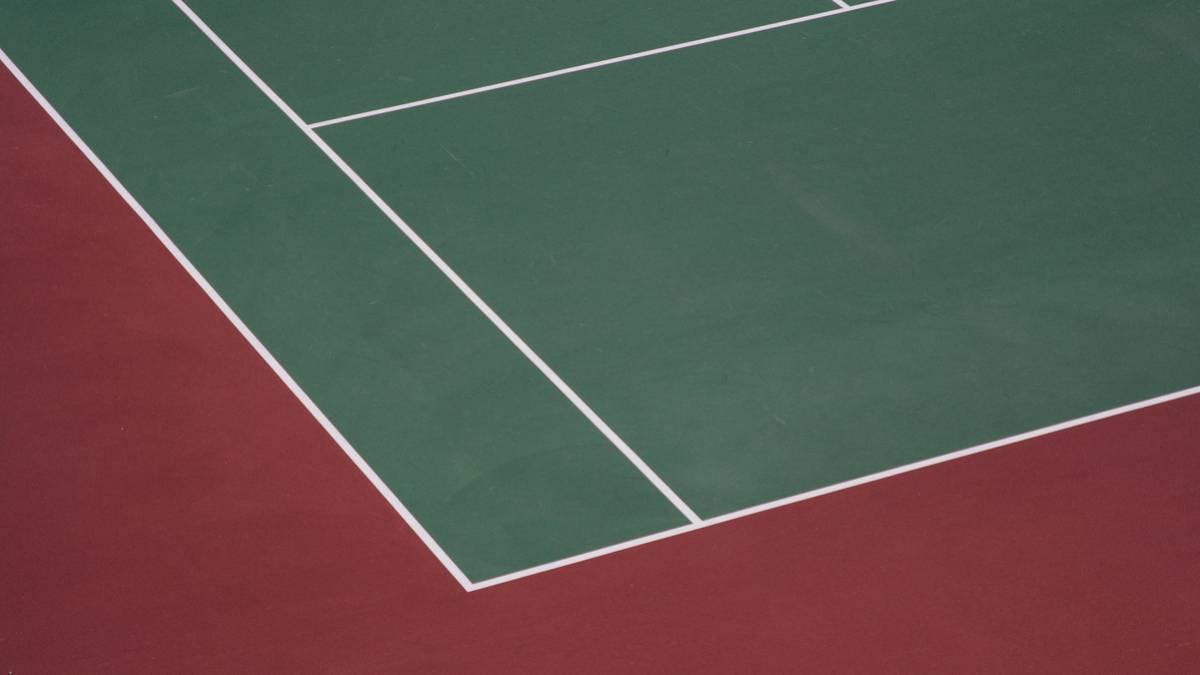 ¿Conoces las superficies sobre las que puedes jugar al tenis?