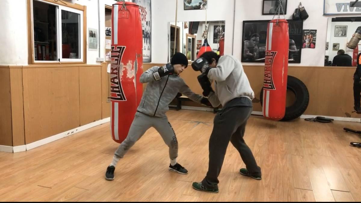 Como defender el golpe al hígado en el boxeo