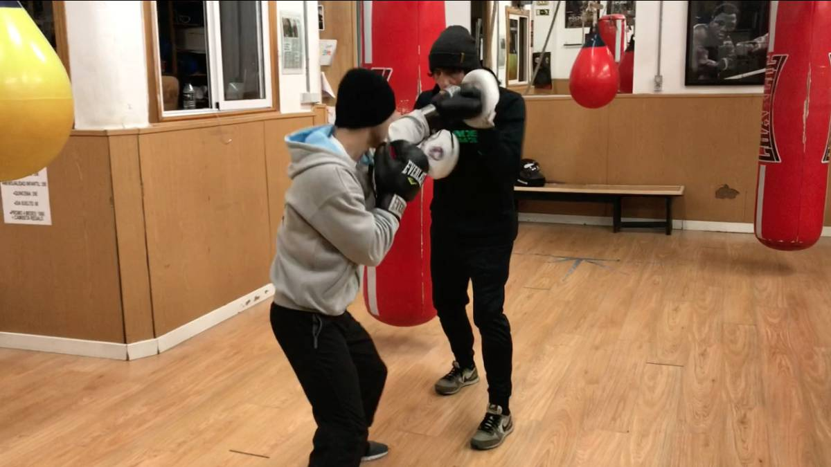 Boxeo básico: el recto de izquierda