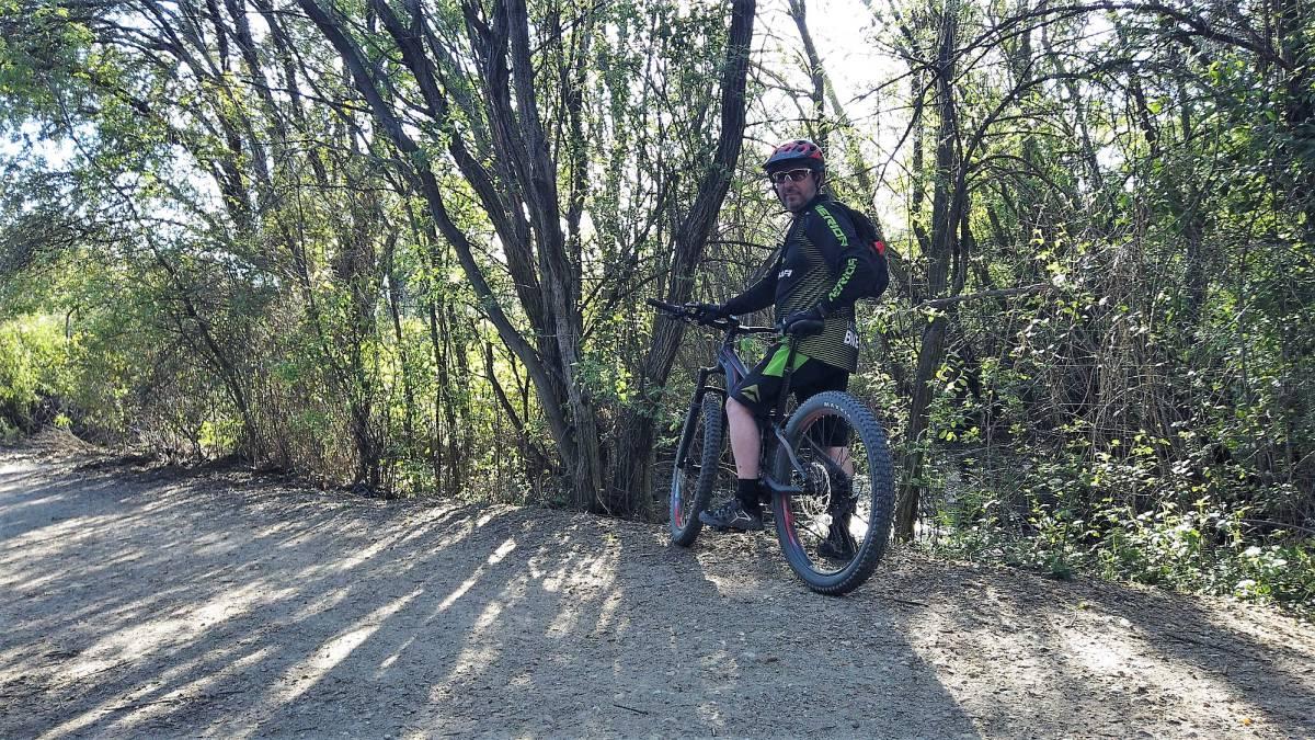 Prueba Merida E One Twenty 800: la e-bike que no lo parece