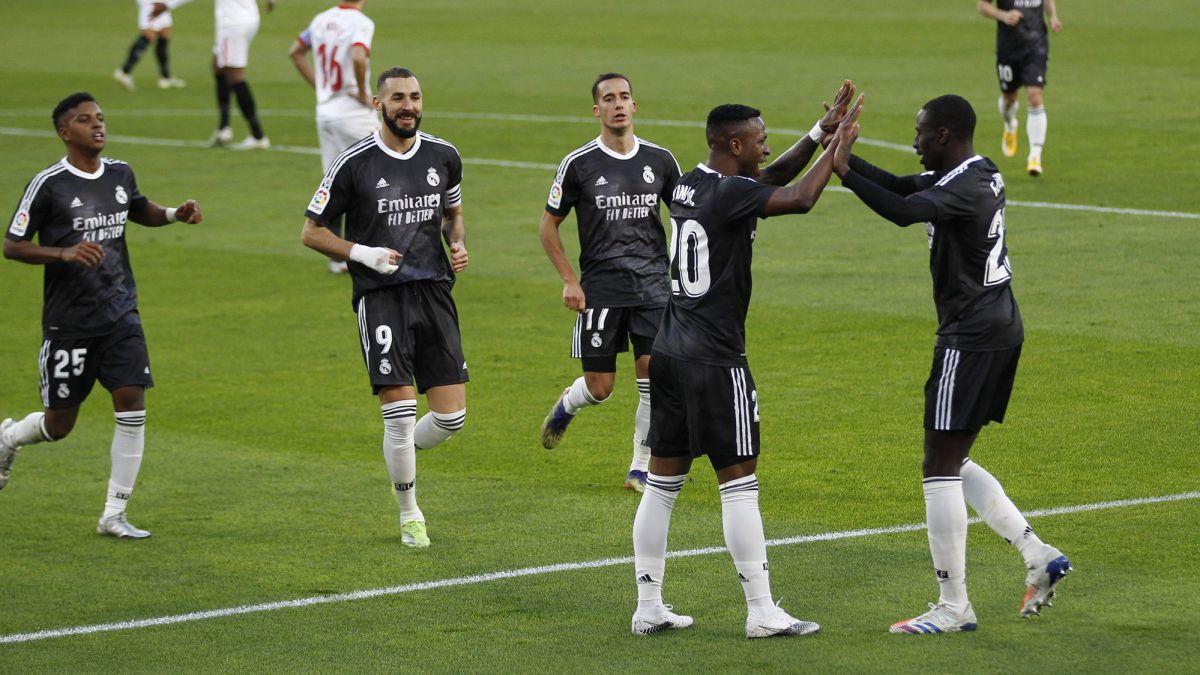 Dos caminos distintos para el Madrid 1