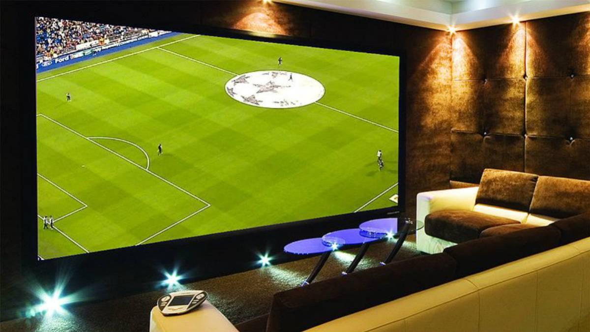 89877be2763bb 4 maneras de disfrutar del mejor fútbol (desde casa) con tus amigos o  familiares - AS.com
