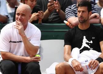 Agassi seguirá entrenando a Novak Djokovic en 2018