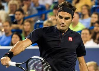 Federer remonta un complicado partido y se clasifica para semis