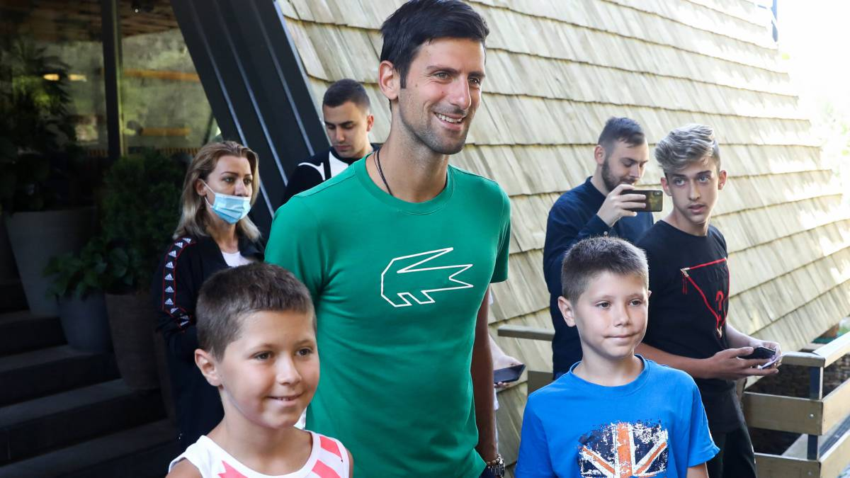 Chris-Evert-recommends-Djokovic-play-the-US-Open