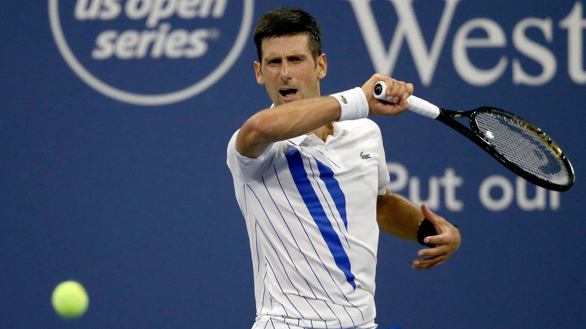 Djokovic-continues-on-a-roll-and-Thiem-says-goodbye-in-his-debut