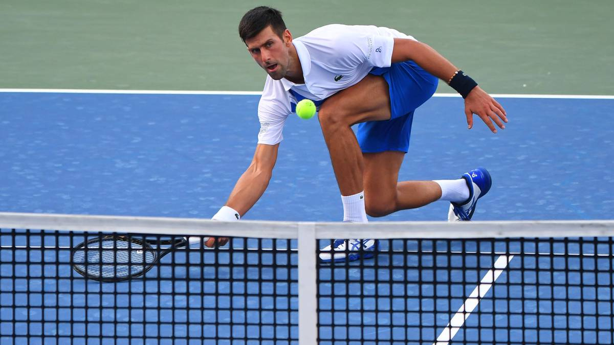 Djokovic-improves-and-puts-20-0-on-his-2020-scoreboard
