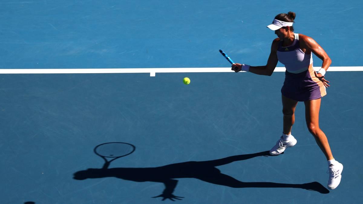 Muguruza-starts-with-Hibino-and-Serena-appears-in-the-quarters