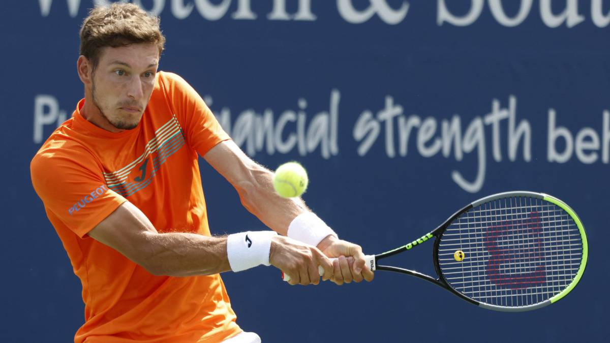 Carreño-will-play-alongside-De-Miñaur-in-the-doubles-final