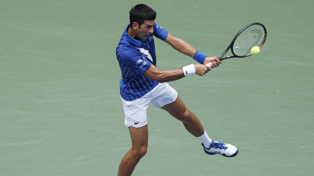 Djokovic-gives-up-a-set-but-reacts-furiously-against-Edmund