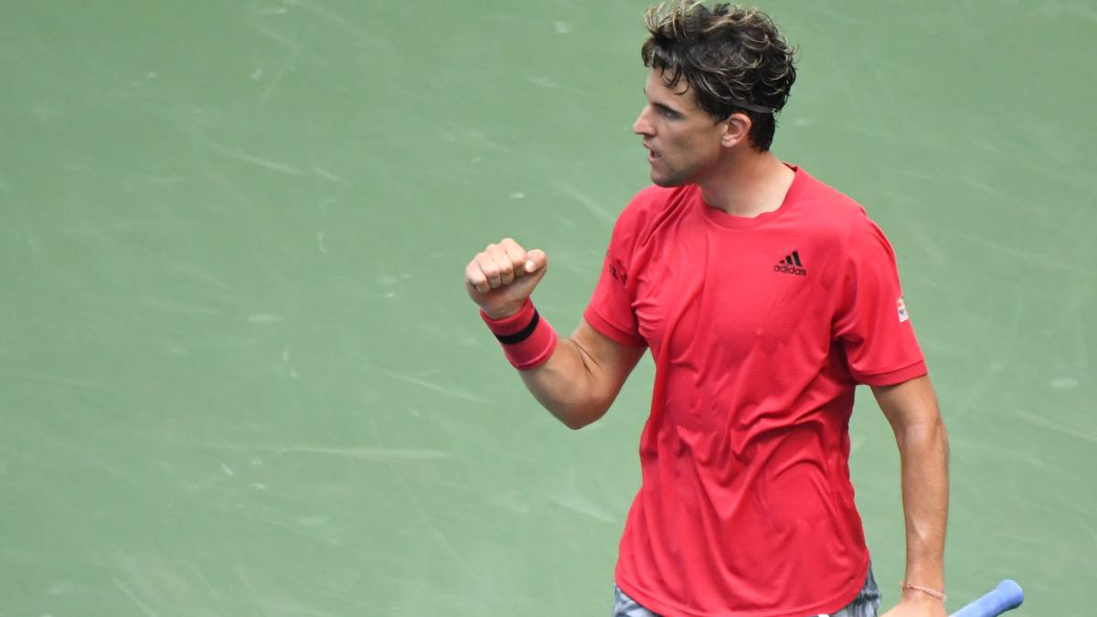 Thiem-advances-with-ease-and-Pospisil-will-be-Bautista's-rival