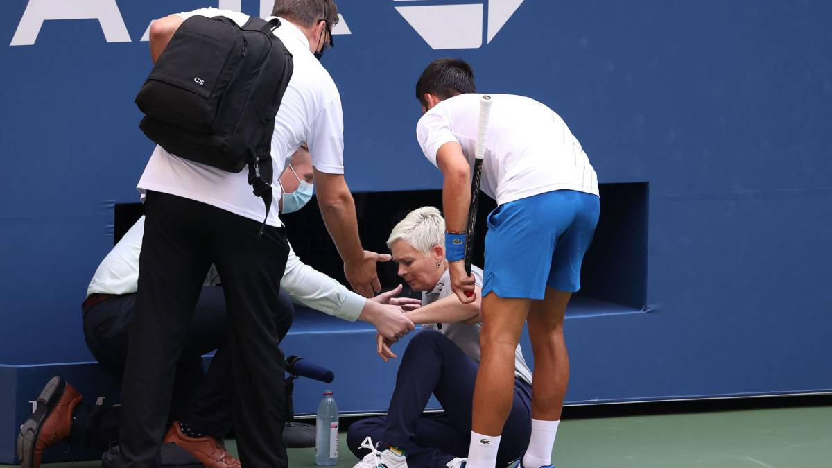 """Djokovic:-""""I-apologize;-I-must-turn-this-into-a-lesson"""""""