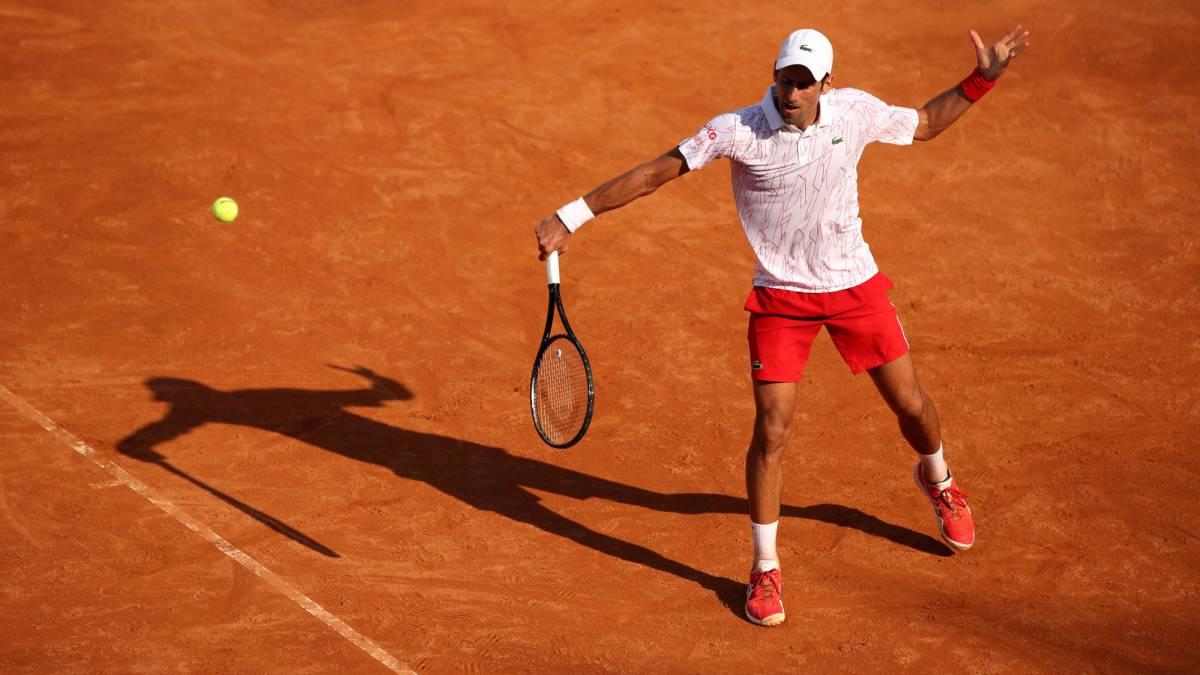 Djokovic-reaches-the-quarter-finals-in-his-grayest-version