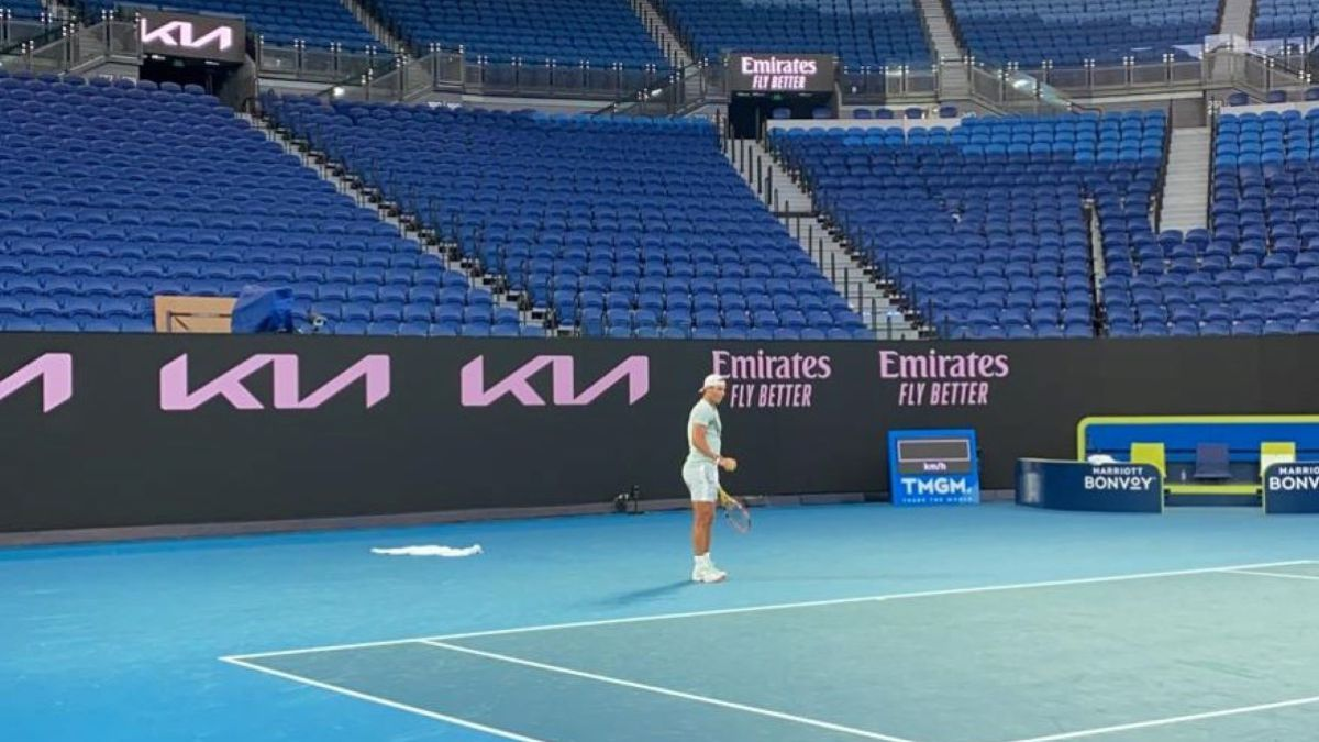 Nadal's-first-training-session-in-Melbourne-with-Marc-López